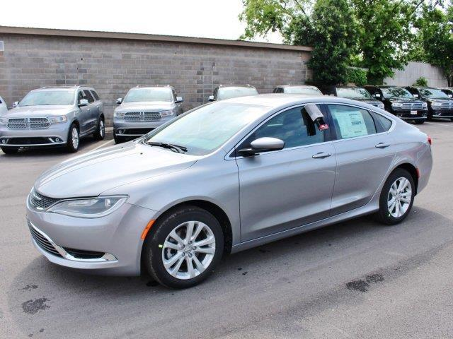 2015 chrysler 200 limited 4dr sedan for sale in canyon lake texas classified. Black Bedroom Furniture Sets. Home Design Ideas