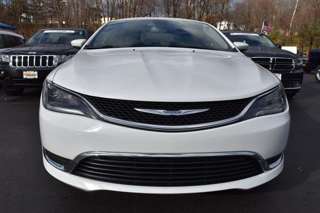 2015 Chrysler 200 Limited Limited 4dr Sedan