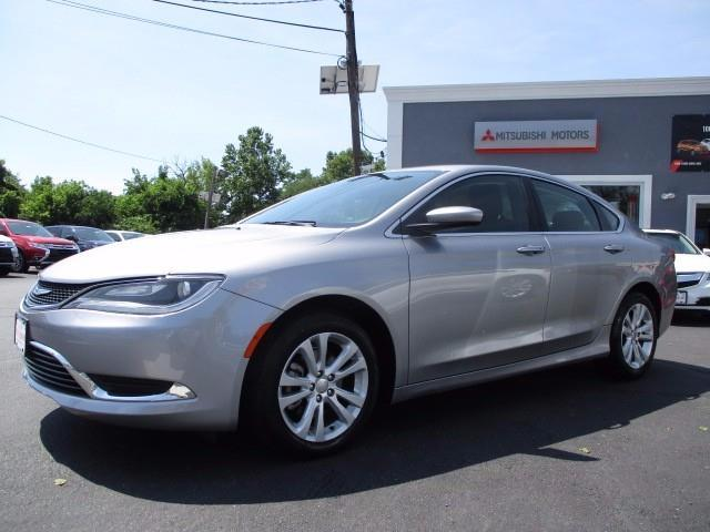 2015 chrysler 200 limited limited 4dr sedan for sale in trenton new jersey classified. Black Bedroom Furniture Sets. Home Design Ideas