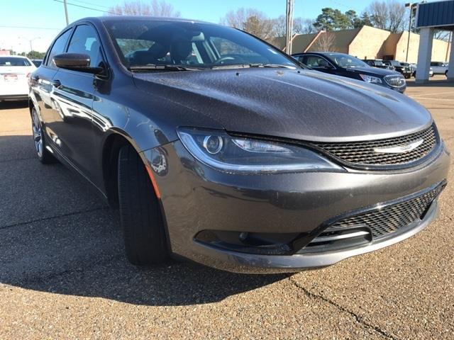 2015 Chrysler 200 S S 4dr Sedan
