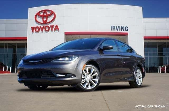 2015 Chrysler 200 S S 4dr Sedan