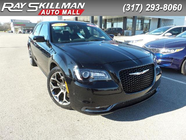 2015 Chrysler 300 S S 4dr Sedan