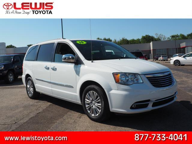 2015 chrysler town and country touring l touring l 4dr mini van for sale in topeka kansas. Black Bedroom Furniture Sets. Home Design Ideas