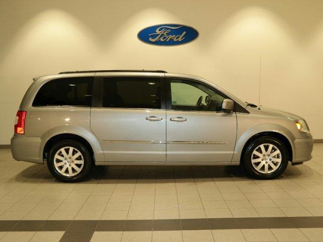 2015 chrysler town and country touring touring 4dr mini van for sale in marysville washington. Black Bedroom Furniture Sets. Home Design Ideas