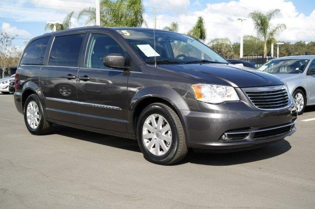 2015 chrysler town and country touring touring 4dr mini van for sale in lakeland florida. Black Bedroom Furniture Sets. Home Design Ideas