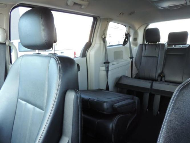 2015 Chrysler Town And Country Touring Touring 4dr Mini