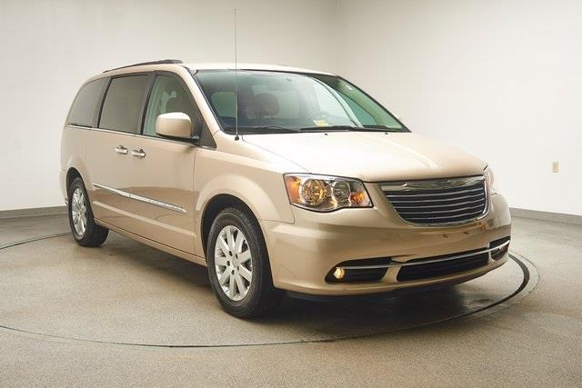 2015 chrysler town and country touring touring 4dr mini van for sale in hampton virginia. Black Bedroom Furniture Sets. Home Design Ideas