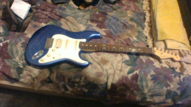 2015 fender american standard stratocaster hss in great