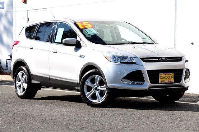2015 Ford Escape SE SE 4dr SUV