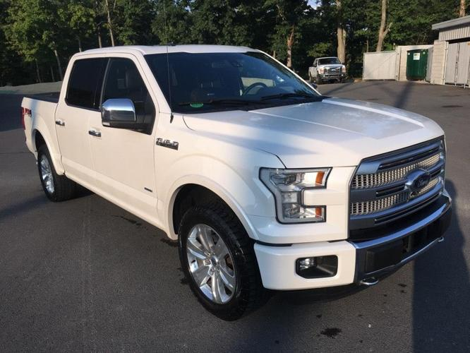 2015 Ford F-150 Platinum 4x4 Platinum 4dr SuperCrew 5.5