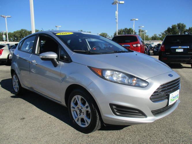 2015 ford fiesta se se 4dr hatchback for sale in dubuque iowa classified. Black Bedroom Furniture Sets. Home Design Ideas