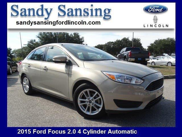 2015 Ford Focus SE SE 4dr Sedan