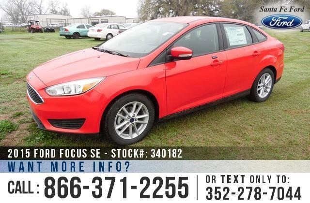 2015 Ford Focus SE - Sticker $18,963 - YOUR PRICE