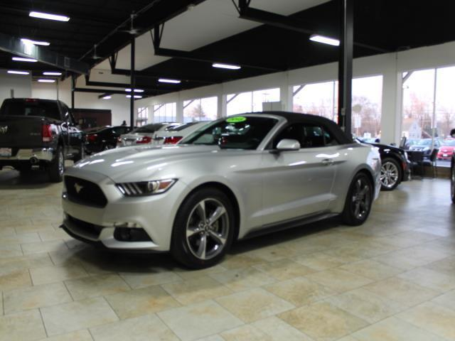 2015 ford mustang v6 v6 2dr convertible for sale in trenton new jersey classified. Black Bedroom Furniture Sets. Home Design Ideas