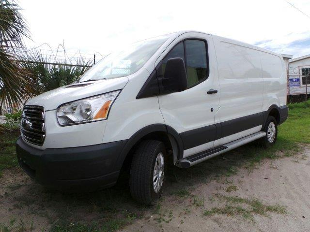 2015 ford transit cargo 250 250 3dr swb low roof cargo van w 60 40 passenger side doors for sale. Black Bedroom Furniture Sets. Home Design Ideas