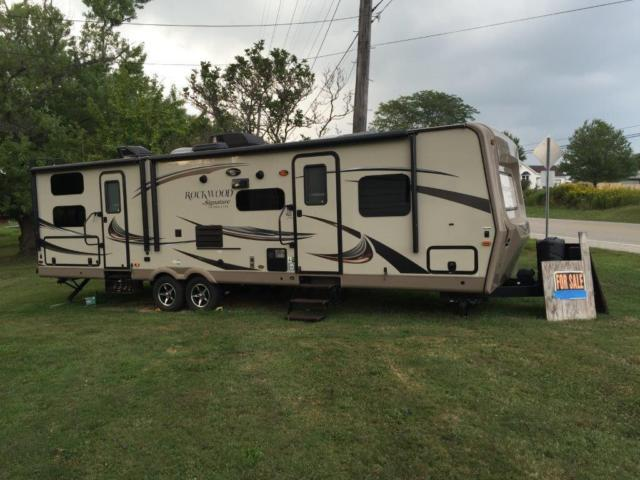 2015 Forest River Rockwood Lite Weight For Sale in