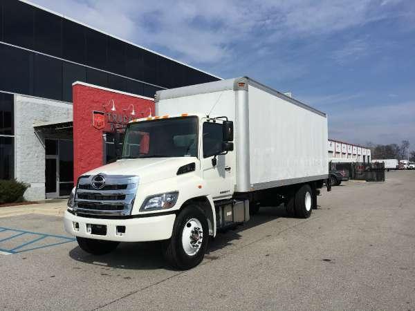 2015 large pick up truck sales autos post. Black Bedroom Furniture Sets. Home Design Ideas