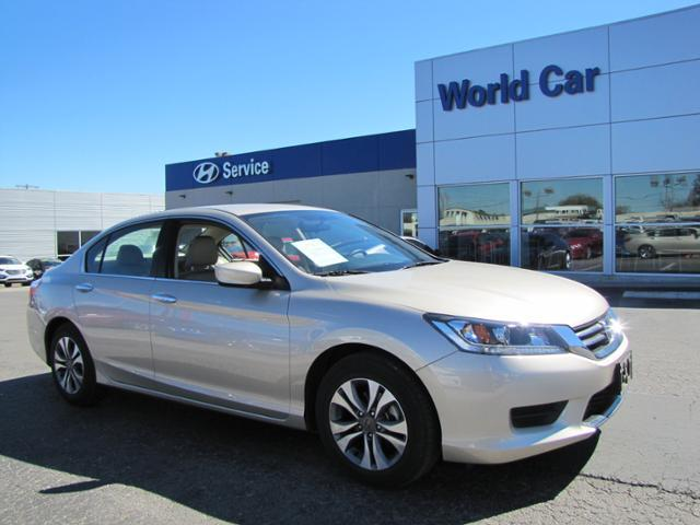 2015 Honda Accord LX LX 4dr Sedan CVT