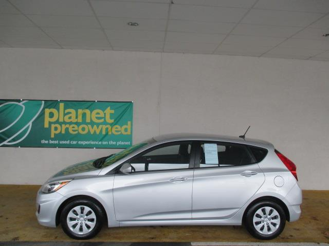 2015 Hyundai Accent GS GS 4dr Hatchback
