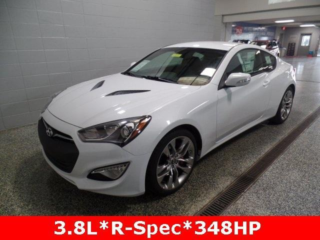 2015 hyundai genesis coupe 3 8 2dr coupe 6m for sale in cementville indiana classified. Black Bedroom Furniture Sets. Home Design Ideas