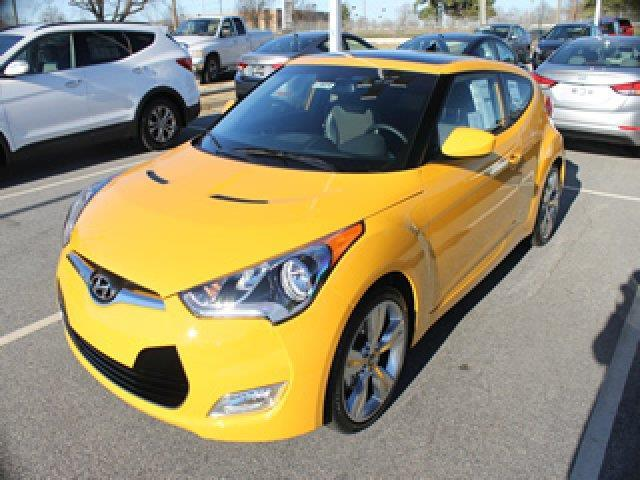 2015 Hyundai Veloster Base 3dr Coupe