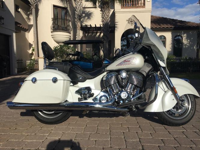 2015 Indian CHIEFTAIN  PEARL WHITE