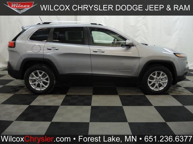 2015 jeep cherokee 4x4 latitude 4dr suv for sale in forest lake minnesota classified. Black Bedroom Furniture Sets. Home Design Ideas