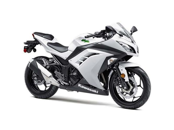 2015 kawasaki ninja 300 for sale in austin kansas classified. Black Bedroom Furniture Sets. Home Design Ideas