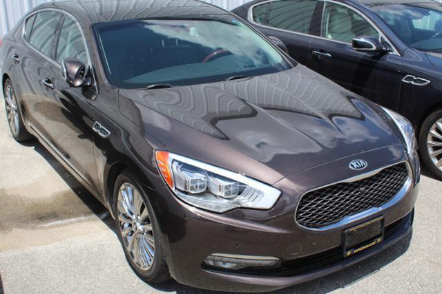 2015 Kia K900 Luxury Luxury 4dr Sedan