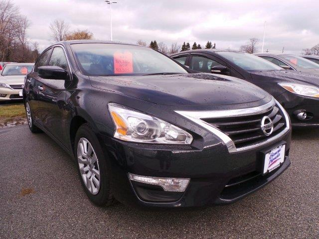2015 nissan altima 2 5 s 2 5 s 4dr sedan for sale in erie. Black Bedroom Furniture Sets. Home Design Ideas