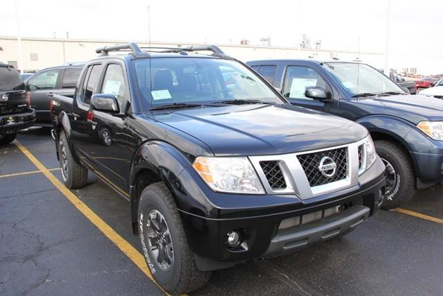 2015 nissan frontier 4x4 pro 4x 4dr crew cab 5 ft sb pickup 6m for sale in mishawaka indiana. Black Bedroom Furniture Sets. Home Design Ideas
