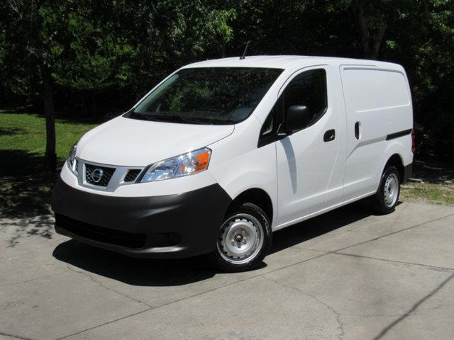 2015 Nissan NV200 S S 4dr Cargo Mini-Van