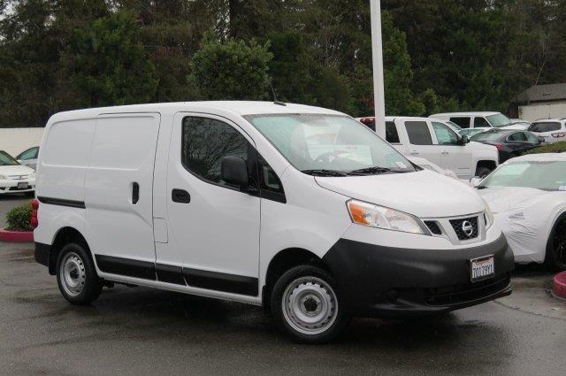 2015 Nissan NV200 SV SV 4dr Cargo Mini-Van