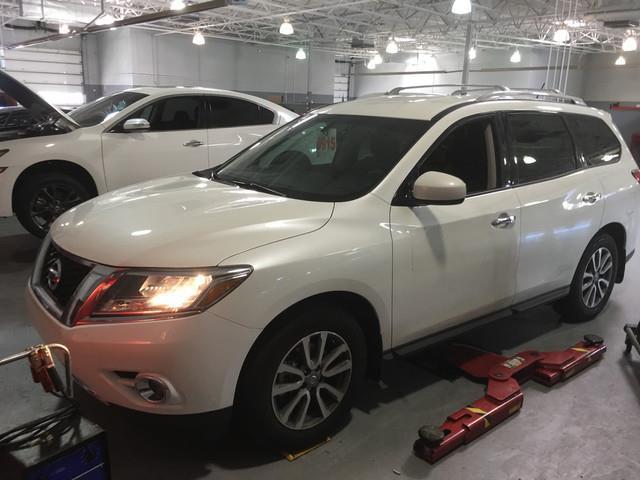 2015 Nissan Pathfinder SV SV 4dr SUV (midyear release)
