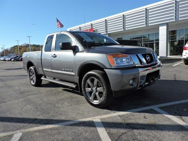 2015 nissan titan pro 4x 4x4 pro 4x 4dr king cab swb pickup for sale in wilmington north. Black Bedroom Furniture Sets. Home Design Ideas