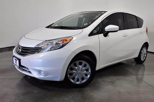 2015 nissan versa note sv sv 4dr hatchback for sale in las. Black Bedroom Furniture Sets. Home Design Ideas