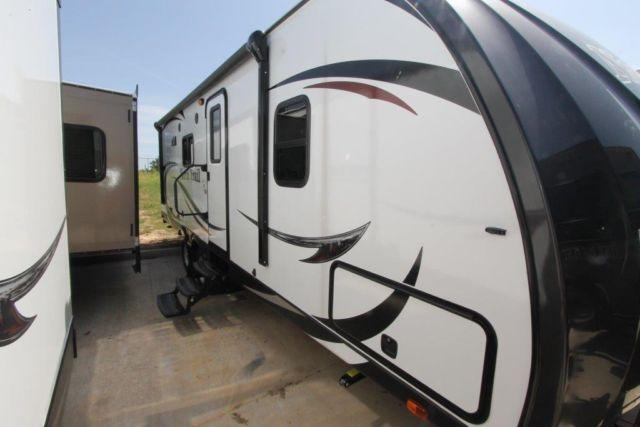2015 NORTH TRAIL 22RBK - 1/2 TON TOWABLE TRAVEL TRAILER