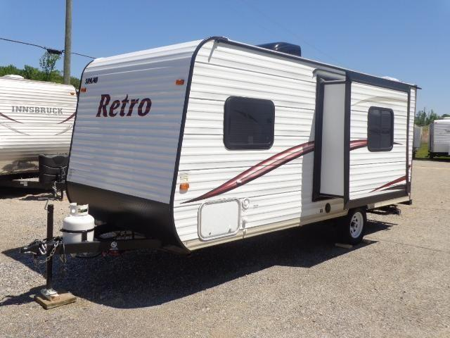 2015 Skyline Retro light weight travel trailer (12yr ...