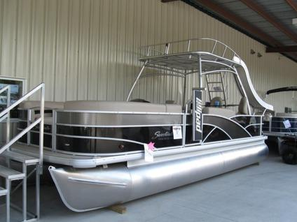2015 Sweetwater Premium Pontoon Sundeck 24 Etec 115hp For