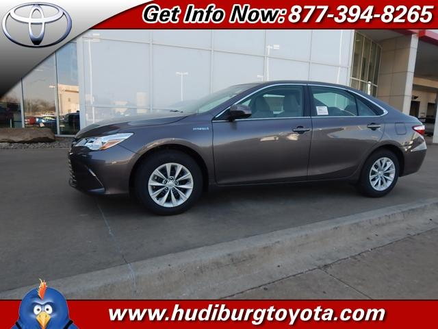 2015 toyota camry hybrid le 4dr sedan for sale in oklahoma city oklahoma classified. Black Bedroom Furniture Sets. Home Design Ideas