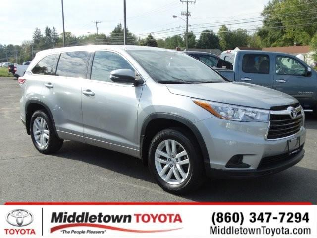2015 toyota highlander le awd le 4dr suv for sale in middletown connecticut classified. Black Bedroom Furniture Sets. Home Design Ideas