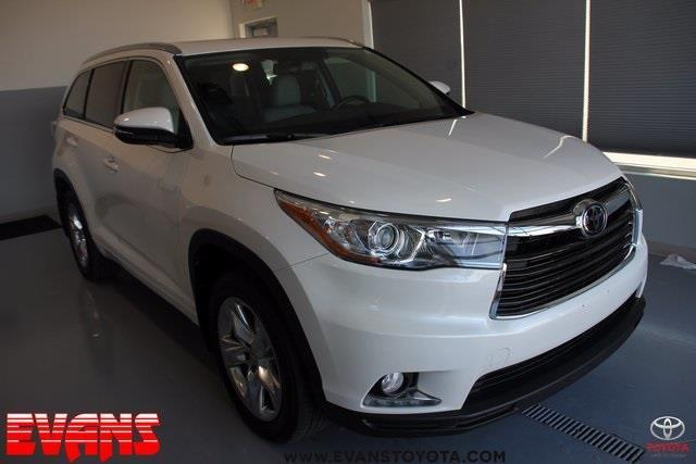2015 Toyota Highlander Limited AWD Limited 4dr SUV