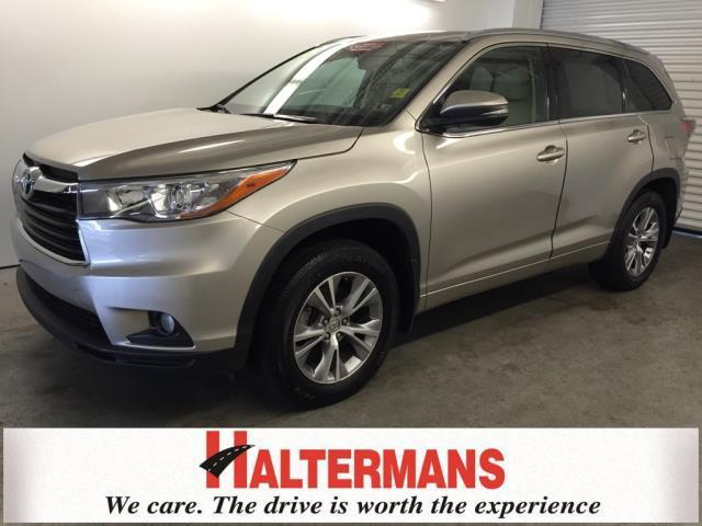 2015 toyota highlander xle awd xle 4dr suv for sale in east stroudsburg pennsylvania classified. Black Bedroom Furniture Sets. Home Design Ideas