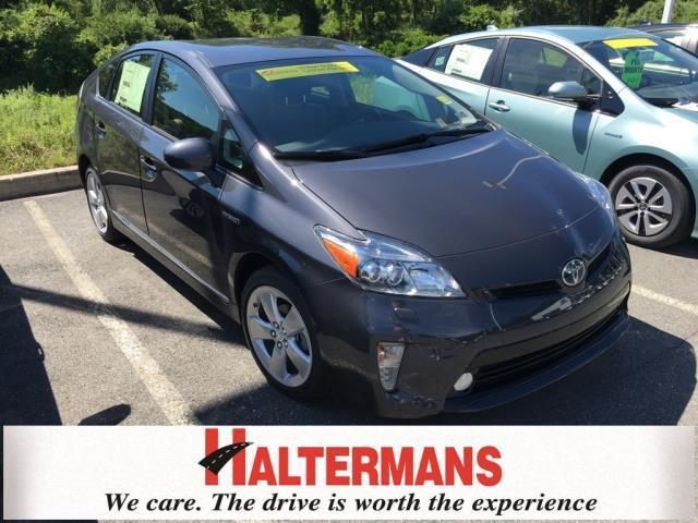2015 Toyota Prius Five Five 4dr Hatchback