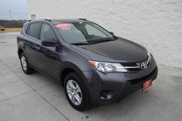 2015 toyota rav4 le awd le 4dr suv for sale in davenport iowa classified. Black Bedroom Furniture Sets. Home Design Ideas