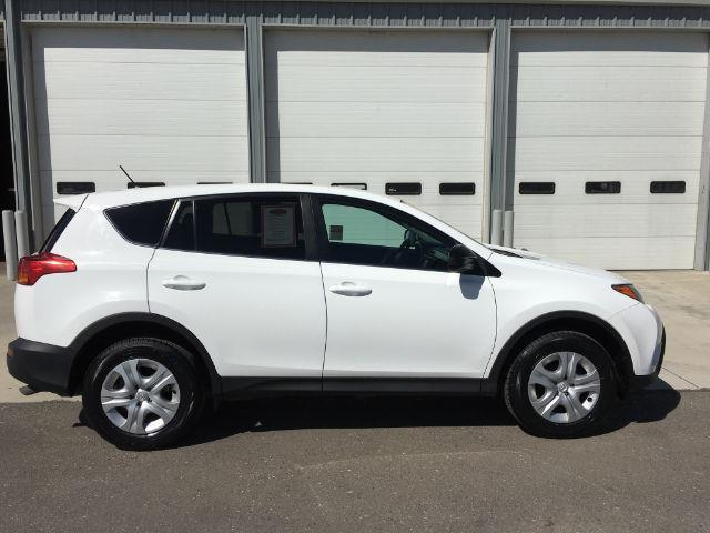 2015 toyota rav4 le awd le 4dr suv for sale in hollister idaho classified. Black Bedroom Furniture Sets. Home Design Ideas