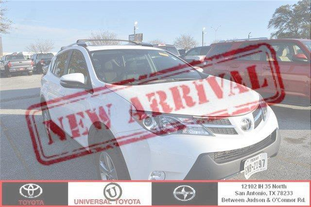 2015 Toyota RAV4 XLE XLE 4dr SUV