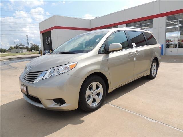 2015 Toyota Sienna Le 7 Passenger Auto Access Seat 4dr Mini Van For Sale In Richmond Texas