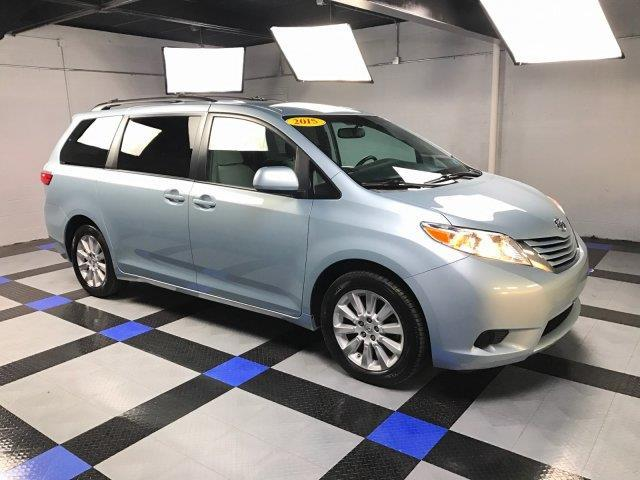 2015 toyota sienna le 7 passenger awd le 7 passenger 4dr. Black Bedroom Furniture Sets. Home Design Ideas