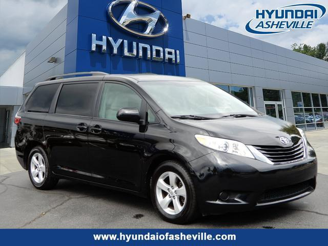 2015 Toyota Sienna Le Mobility 7 Passenger Le Mobility 7